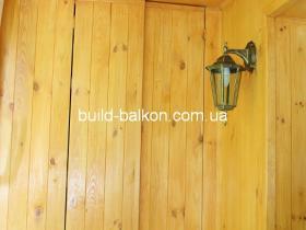 054obshivka-balkonov-derevom