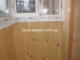 027obshivka-balkonov-derevom