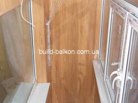 019-obshivka-balkona-plstik