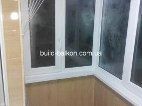 012-obshivka-balkona-plstik