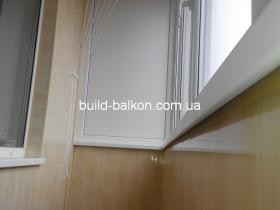 010-obshivka-balkona-plstik